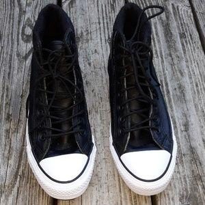 Converse  Men's.  Shoes Black Color  |  Size 7